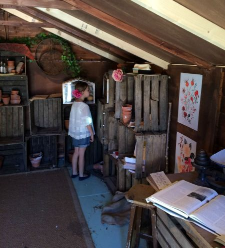 garden shed M